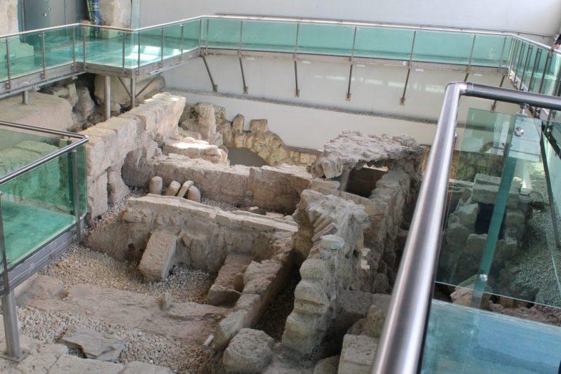 Makamı Danyal Camii
