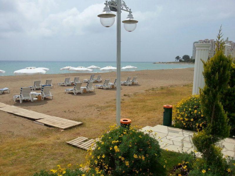 Sahil Martı Hotel, Sahil