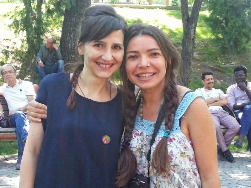 Saçlarımı ördüm ben de Hülya gelecek diye (: Kuğulu Park-Ankara